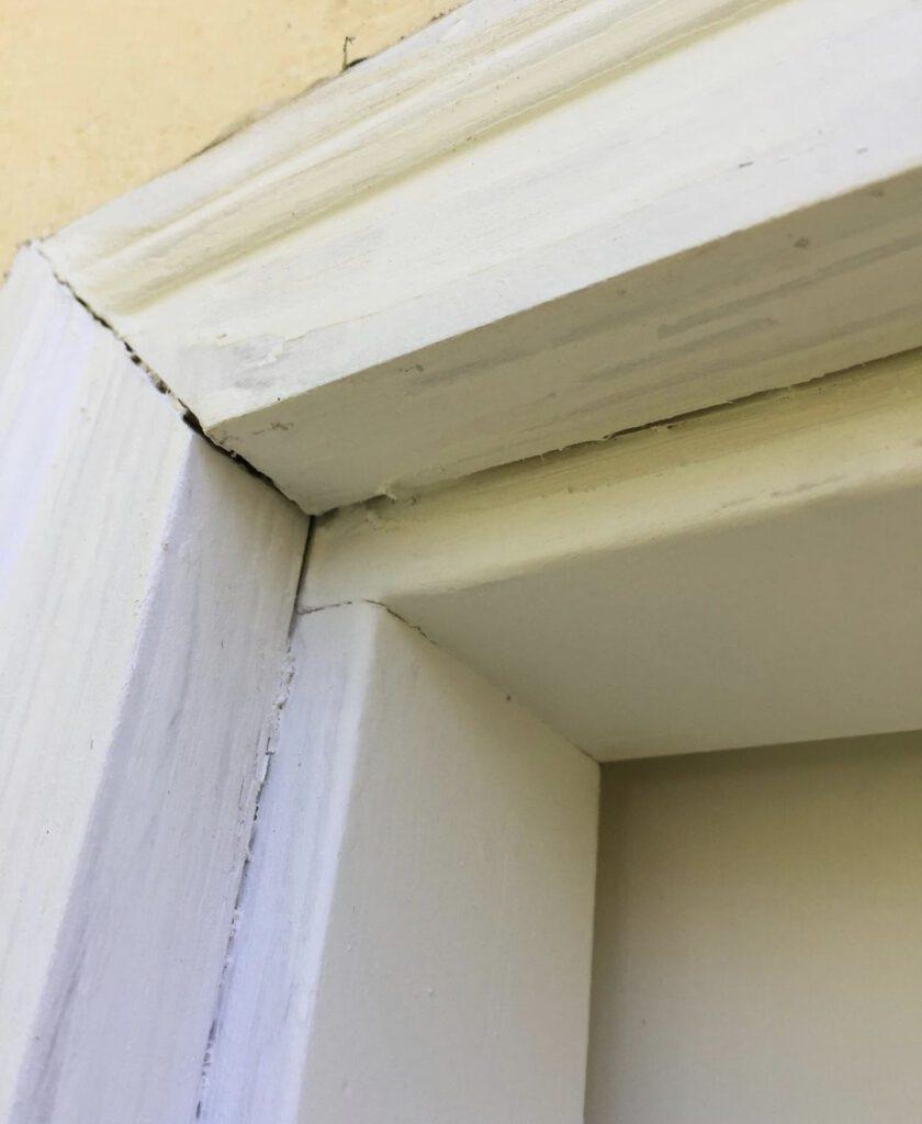 Exterior Wood Caulking